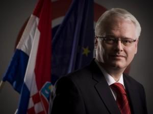 AUTOGRAF Ivo Josipović HOR 2