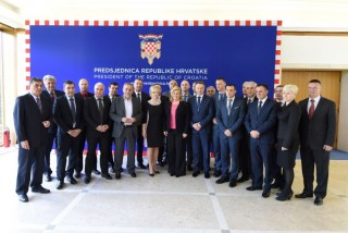 Kolinda Grabar-Kitarović i župani