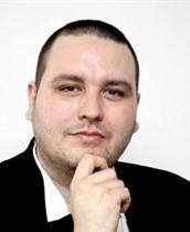 HND oštro osuđuje privođenje novinara Indexa Gordana Duhačeka