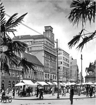 Zagreb nekoć, Jelačićev trg