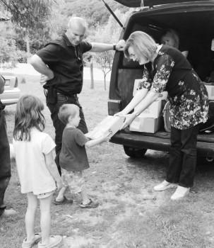 SOS-žene SDSS a povele još jedan dobrotvorni pohod