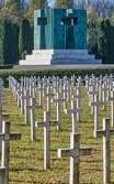 Memorijalno groblje žrtava iz Domovinskog rata u Vukovaru (Foto: Davor Javorovic/PIXSELL)