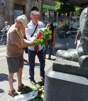 Zoran Pusić i Milorad Pupovac polažu vijenac